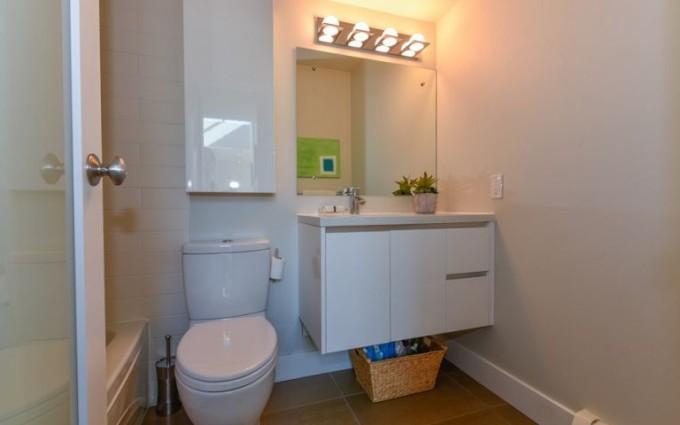 2 Bedroom Apartment/Condo in Vancouver at PH6 2455 YORK AVENUE