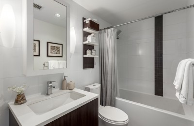 Vancouver Townhouse Realtor Shares Tips for Refreshing a Bathroom on a Budget